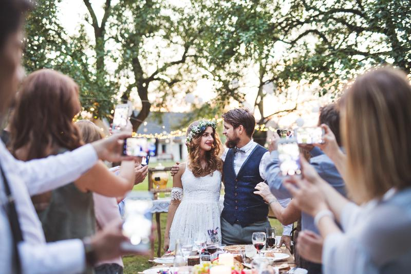 Tips to Keep Your Guests Entertained at Your Wedding Reception